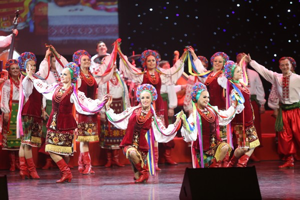 Ukraine folk choir performs in Beijing